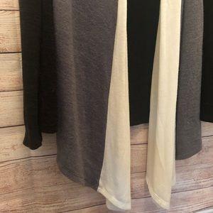 arch hill Sweaters - Arch Hill Gorgeous Cardigan, flowy, medium
